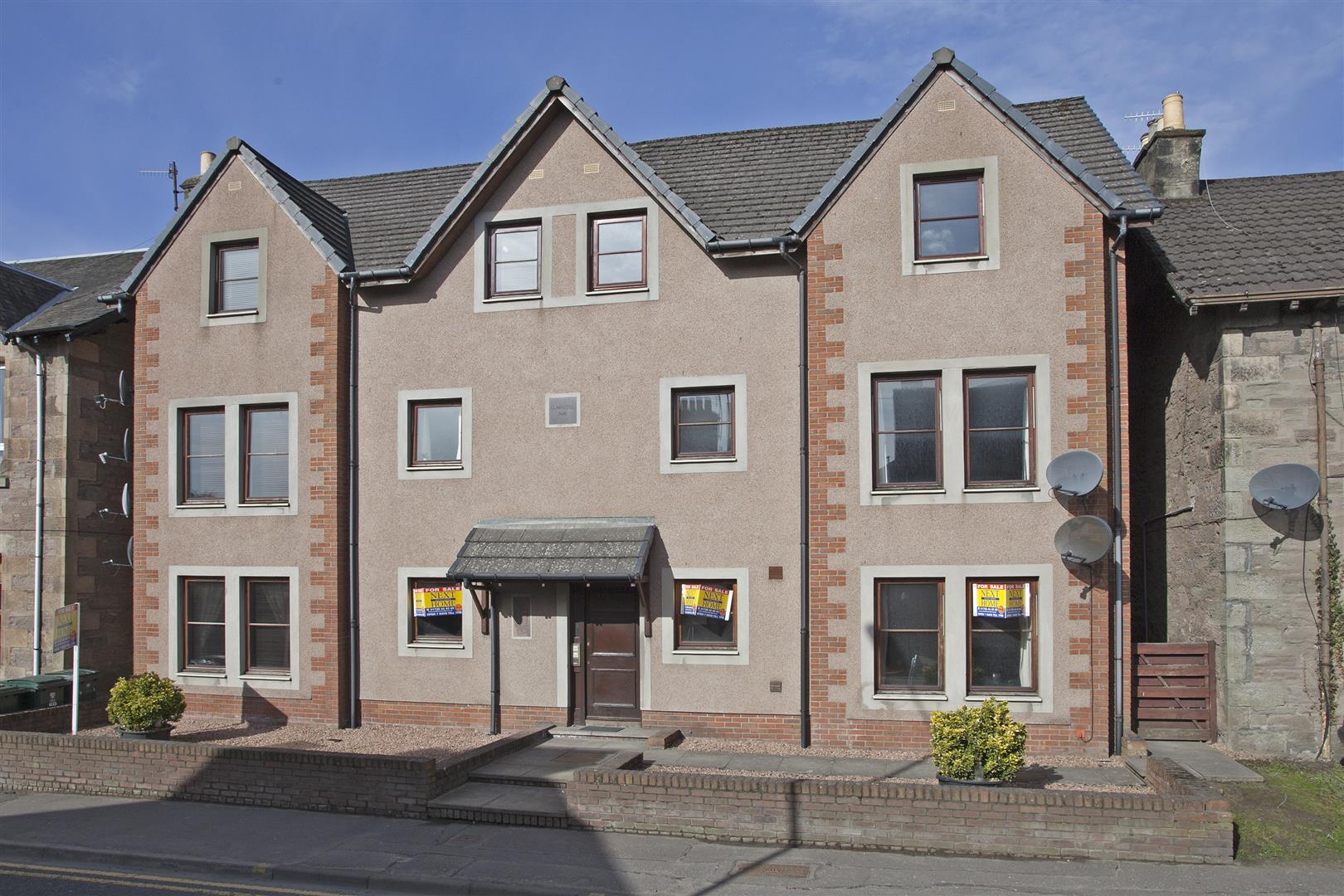 Flat B, Priory Court, Priory Place, Perth, Perthshire, PH2 0EU, UK